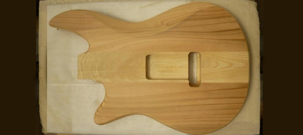 エレキギター エレキベース 木材